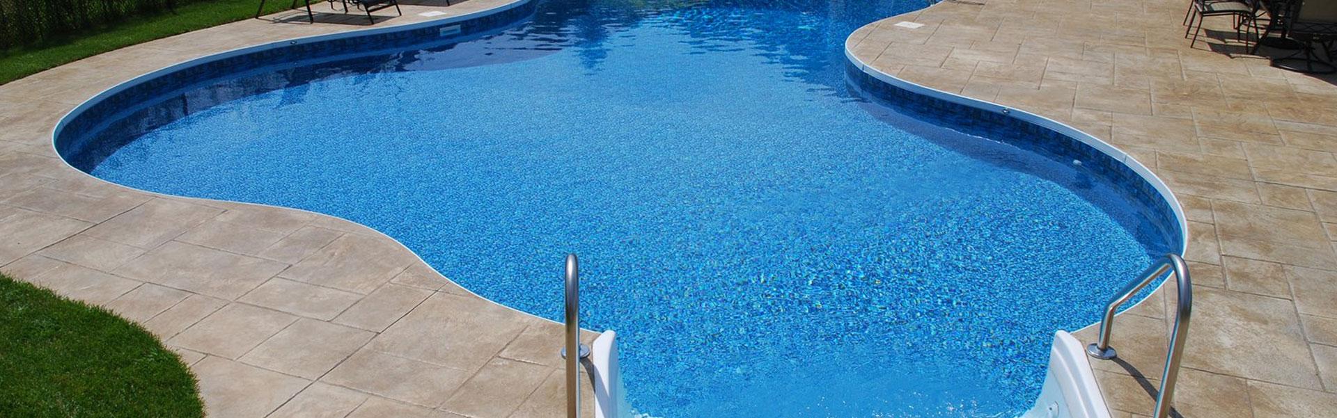 oblaganje betonskih  bazena za kupanje